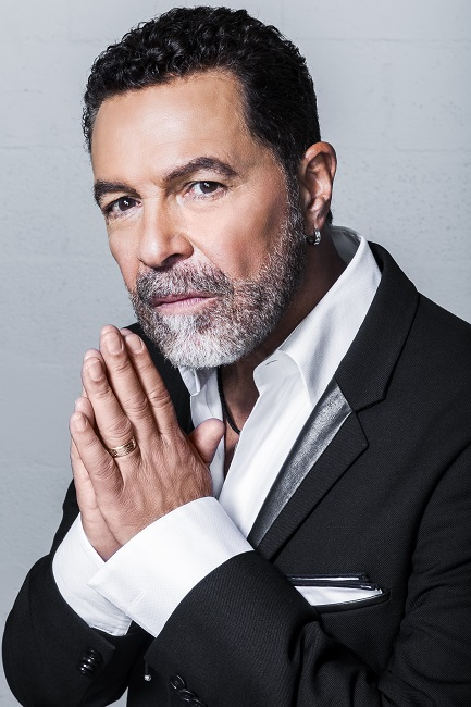 Clint Holmes - Photo credit: Jerry Mettelus