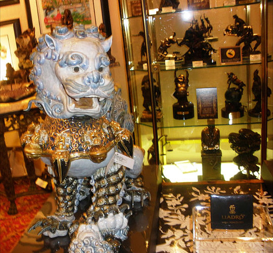 lladro_chinese_lion