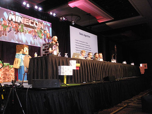 john_pix_due_minecon_049