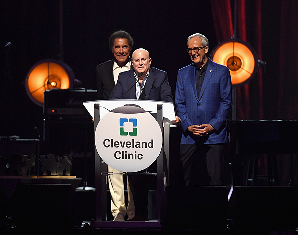 Wynn Resorts Chairman and CEO Steve Wynn honoree and Chairman and CEO of MacAndrews Forbes Inc. Ronald O. Perelman and Keep Memory Alive Co Founder and Chairman Larry Ruvo
