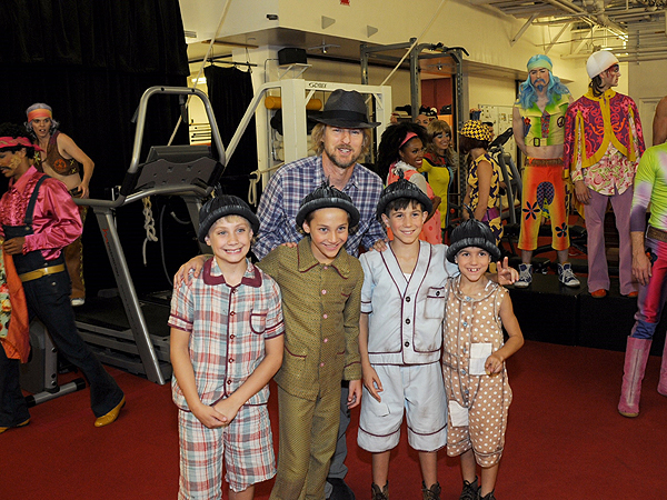 Owen Wilson with the Kids of Liverpool at The Beatles LOVE by Cirque du Soleil Aug. 28 2017 Courtesy of Cirque du Soleil