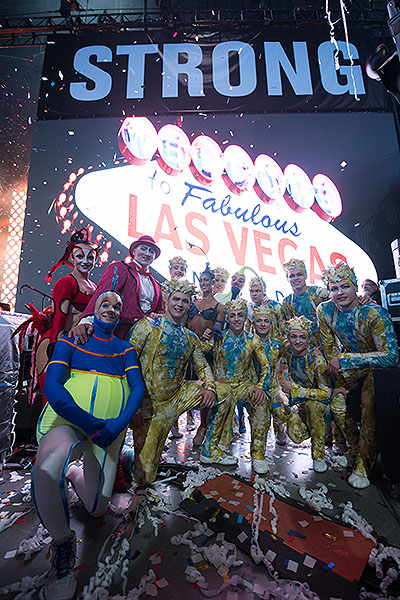 Cirque du Soleil at Vegas Strong Benefit - Photo credit: Powers Imagery