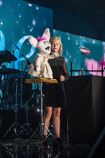 Darci Lynne Farmer at Caesars Palace 2 Photo Credit Karl Larson