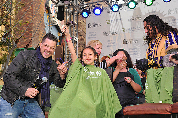 Emcee Mark Shunock with shavee at St. Baldricks Fundraiser at New York New York Hotel Casino 2018