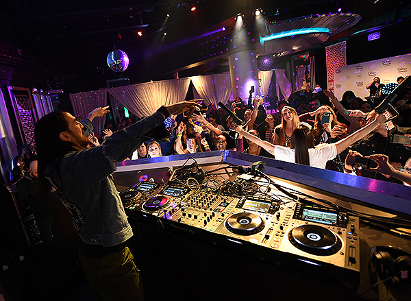 Steve Aoki at Madame Tussauds Las Vegas DJ Experience Launch 14