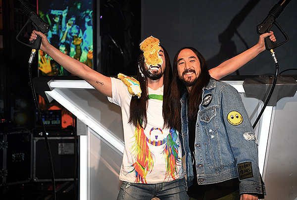 Steve Aoki at Madame Tussauds Las Vegas DJ Experience Launch 6