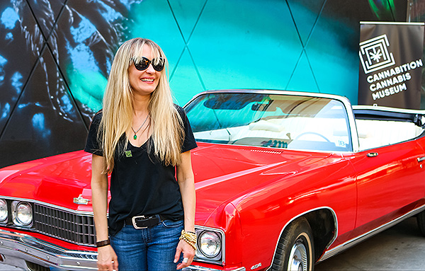 anita thompson and the red shark hunter s thompsons 1973 chevrolet caprice outside of cannabition immersive cannabis museum in downtown las vegas 43886424052 o
