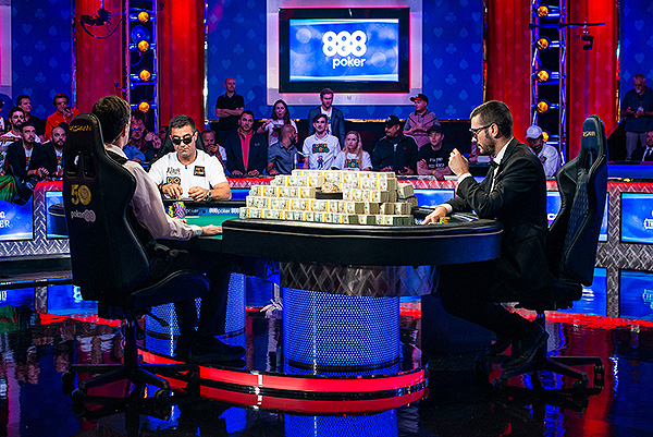 Heads Up Hossein Ensan Dario Sammartino 2019 WSOP EV73 Final Table Giron 8JG4400