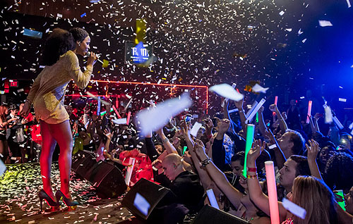 Kelly Rowland finale at Rain in Palms Casino Resort credit Erik Kabik