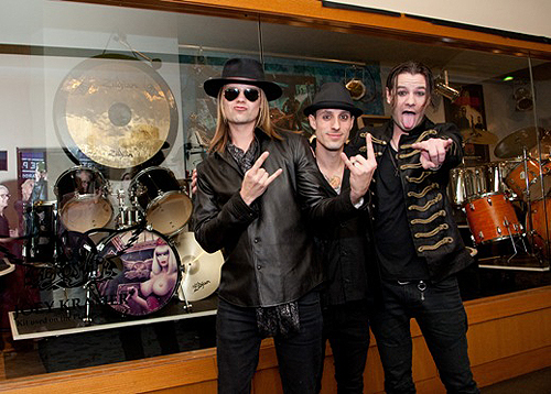 01.30 Street Drum Corps Bobby Alt Frank Zummo Adam Alt Hard Rock Hotel Photo Credit Patrick Gray