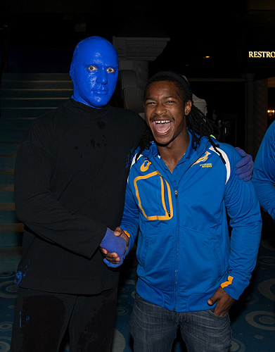 1.29.14 South Africa Rugby Player Branco du Preez meets Blue Man Group at Monte Carlo Resort and Casino Credit Erik Kabik