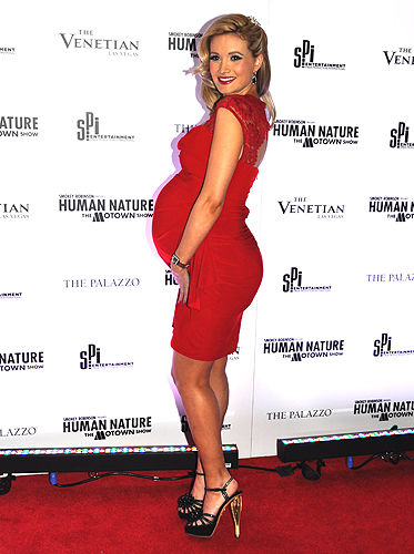 Holly Madison Human Nature Venetian Sands Showroom Credit Stephen Thorburn 20755