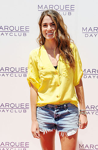 Nikkie_Reed_Marquee_Dayclub_red_carpet