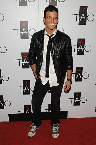 Mark_Ballas_on_TAO_red_carpet