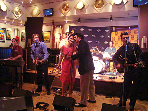 Judy_Thorburn_Million_Dollar_Quartet_Hard_Rock_Cafe_2319