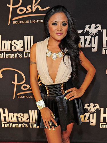 Kaylani_Lei_on_red_carpet