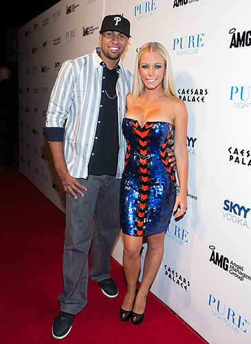 Kendra_and_Hank_Red_Carpet_PURE_Nightclub