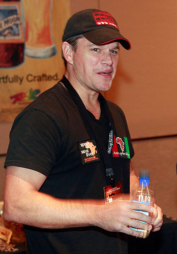 Matt_Damon_in_McFaddens_celebrity_green_room