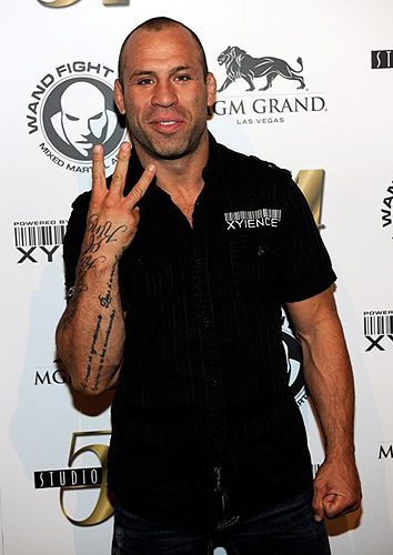 Wanderlei_Silva_arrives_at_Studio_54