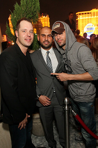 Enrique_Iglesias_parties_at_Hyde_Bellagio_Las_Vegas_8.18.12