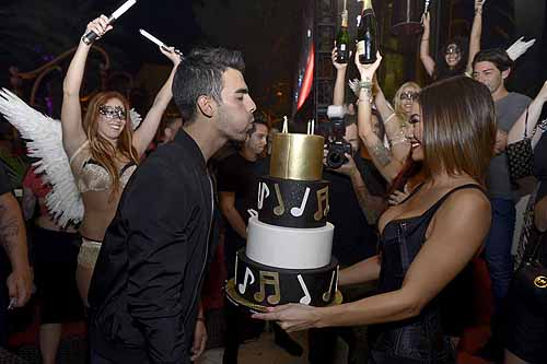 XS - Joe Jonas 25th birthday 3