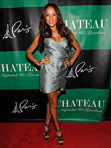 Dania_Ramirez_on_the_Chateau_Nightclub_red_carpet
