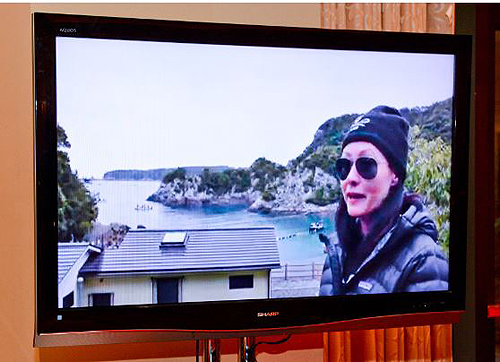 Shannen Doherty live stream from Taiji Japan Sea Shepherd Exhibit at Encore2