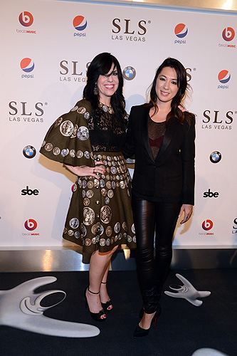 Owner of The Griddle Cafe Jodi Hortze and singer songwriter Michelle Branch