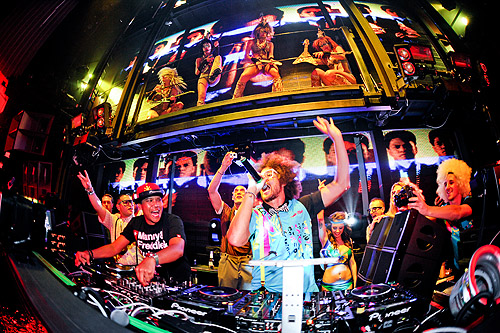 Redfoo_and_DJ_Chuckie_Marquee