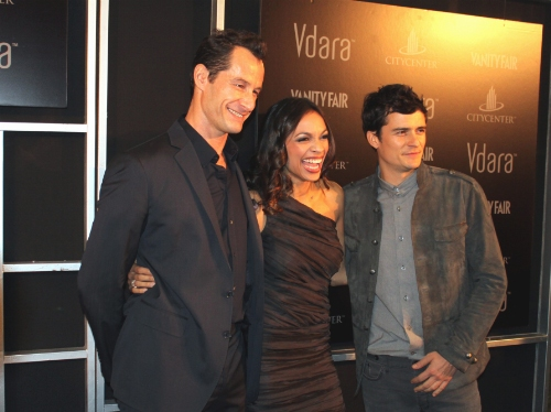 Sebastian_Copeland_Rosario_Dawson_Orlando_Bloom_Vdara_City_Center