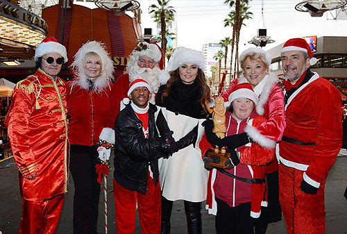 Shania Twain Mayor Goodman and Opportunity Village representatives photo courtesy of Denise Truscello
