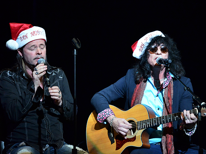 John Payne Paul Shortino Toys For Tots 30472