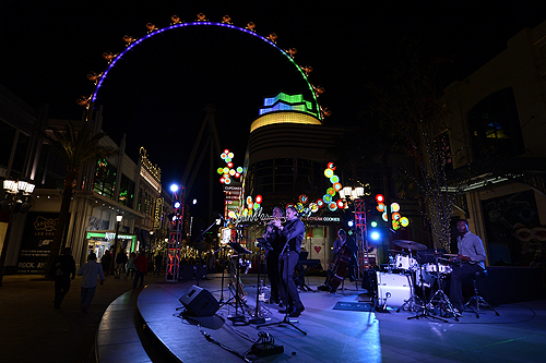 Mardi Gras Celebrations at The LINQ Credit BRYAN STEFFY 3