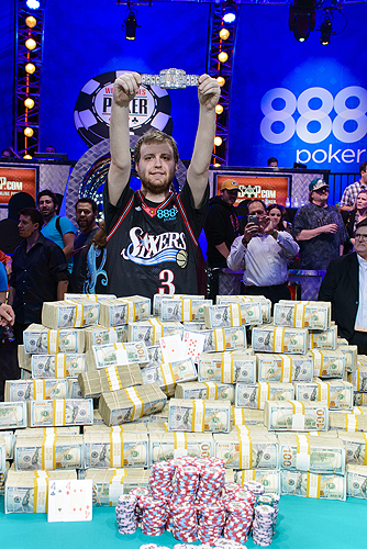 Winner Joe McKeehen 2015 WSOP EV68 Nov 9 Day 10 Furman FU8 8268