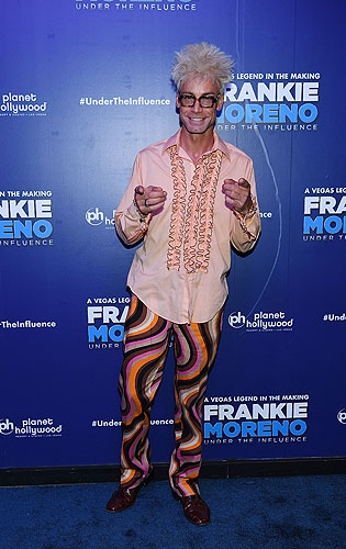 Magician Murray Sawchuck at Opening Night of FRANKIE MORENO - UNDER THE INFLUENCE at Planet Hollywood Resort and Casino 5.4.16 Credit Denise Truscello