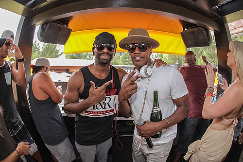 LIQUID Jamie Foxx and DJ Irie Photo Credit Tony Tran Photography 1