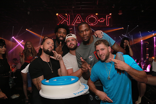 1 OAK Kevin Durant and DeAndre Jordan Photo Credit Hakkasan Group
