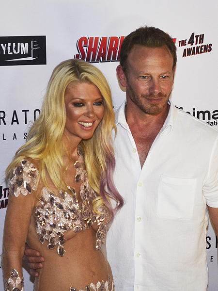 Tara Reid and Ian Ziering at premiere of Sharknado The 4th Awakens 6975