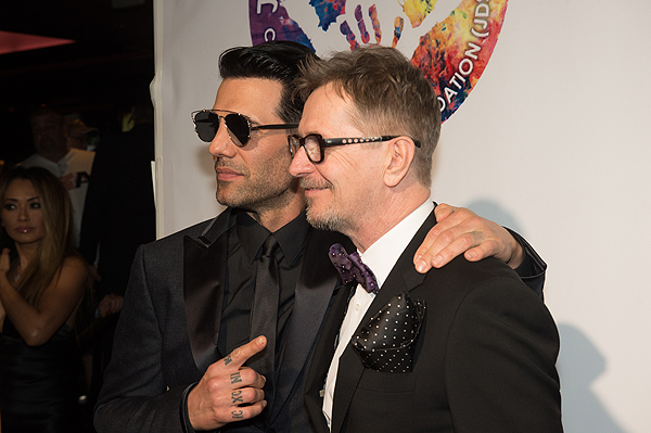 Criss Angel and Gary Oldman on the gold carpet at Criss Angel HELP Sept 12 2016 Tom Donoghue