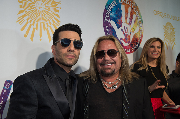 Criss Angel and Vince Neil on the gold carpet at Criss Angel HELP Sept 12 2016 Tom Donoghue