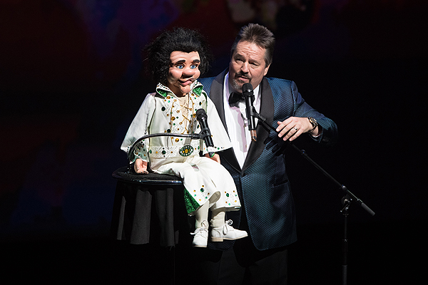 Terry Fator performs his iconic ventriloquist act at HELP Sept 12 2016 Tom Donoghue