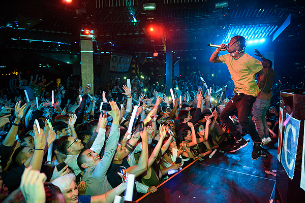 Travis Scott Performs at Marquee 9.3.16 Al Powers