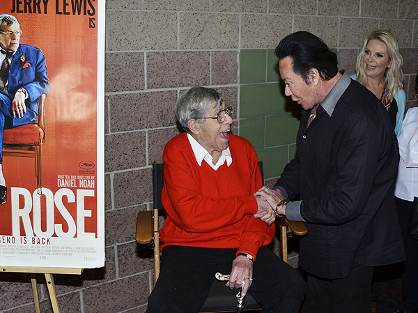 Jerry Lewis and Wayne Newton 1254
