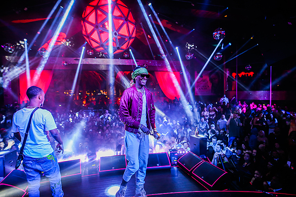 Young Thug Joins Rae Sremmurd Onstage at Drais Nightclub in Las Vegas 1.1.17 Radis Sammerthai