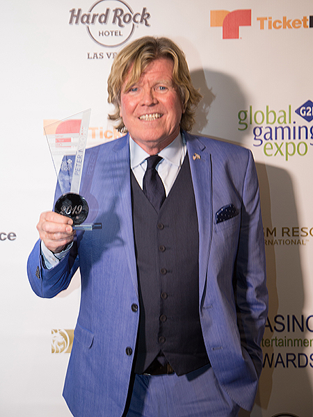 CEA 18 2019 Peter Noone Red Carpet